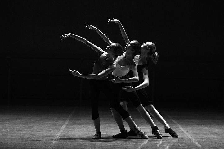 Here's Why You Should Ditch Your Gym for Dance Classes